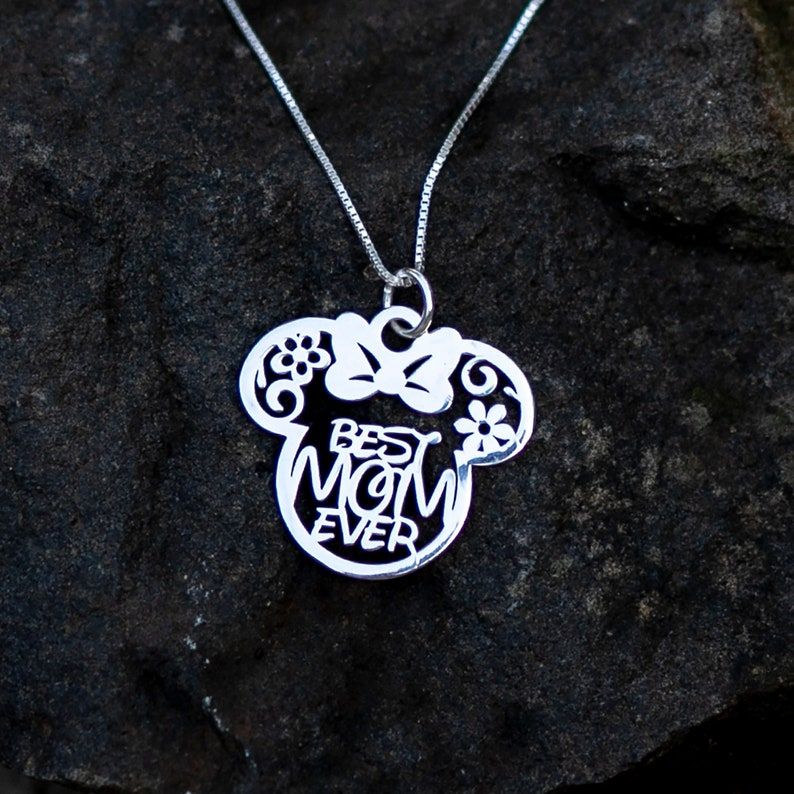 04534996f7307 Disney Minnie Best Mom Ever Necklace with Flowers, Mothers day gifts, Gifts  for mom, Mother gift from son, mom gift