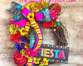 Fiesta Wreath, Cinco de Mayo Decorations, Fiesta themed party decorations, Fiesta Grapevine Wreath, Fiesta flower wreath, Hostess gift