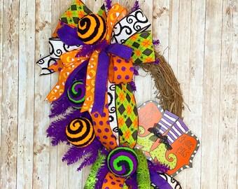 Halloween Door Wreath, Witch Leg Wreath, Halloween Door Hanger, Witch Door Hanger, Halloween Party, Halloween home decor