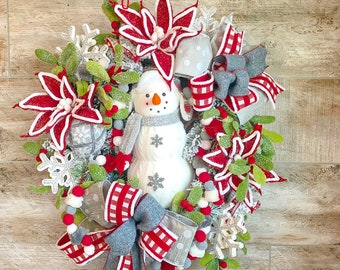 Christmas wreath, Snowman Wreath, winter wreath, Christmas wreath for front door, Christmas gift, housewarming gift, snowman decor, gift