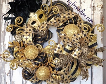 Mardi Gras Wreath, Black and Gold wreath, Saints Wreath, Masquerade party, Mask wreath, masque wreath, Fleur de lis , New Orleans wreath