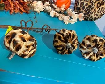 fabric cheetah pumpkin pick