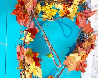 6' Maple Leaves & Berry Garland