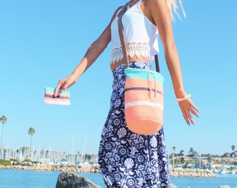 Hand Made in California Large Crochet Beach Purse Cross Body Bucket Drawstring Bag with matching zipper Coin Makeup Key Purse - Just Peachy