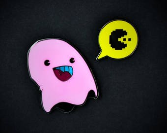PARANORMAL PACTIVITY: PINKY set of 2 enamel pins