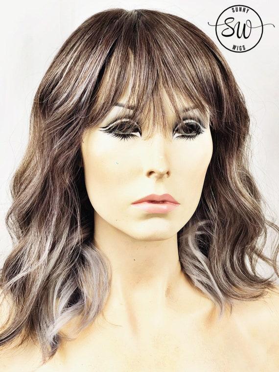 Grau Ash Blonde Haare Akzentuiert Mit Weichem Lila Balayage Etsy