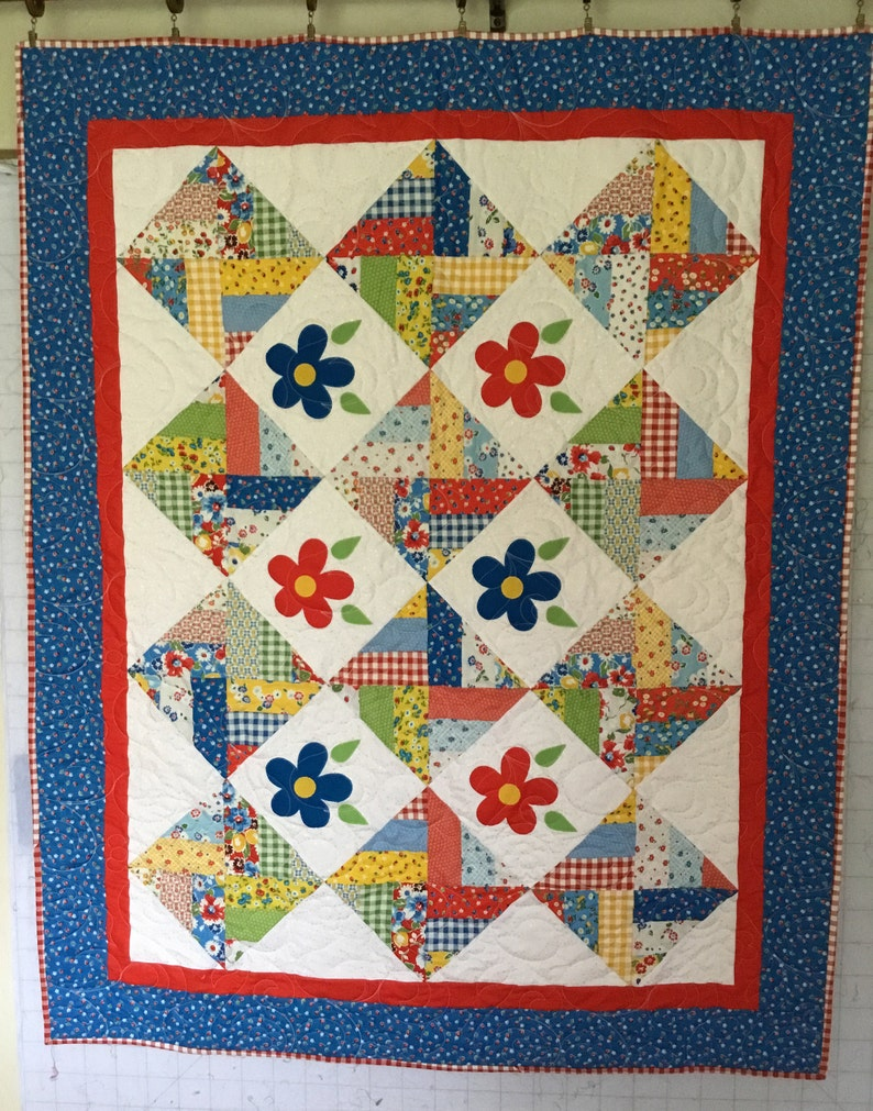 Homemade Quilts For Sale >> Flowers On Point Quilt Quilts For Sale Handmade Quilts Etsy