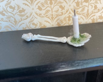 1/12 dolls house miniature Halloween accessories skeleton arm and candle