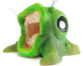 Lizard Green Creature Monster Toy (Custom Toy/Sculpture)