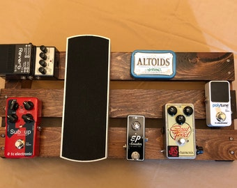 custom handmade guitar pedal board made from recycled wood. Black Bedroom Furniture Sets. Home Design Ideas