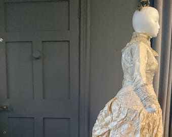 Superb 1880s Natural Form ' Waterfall ' Princess Bustle Wedding Dress With Headdress - Victorian Antique Fashion