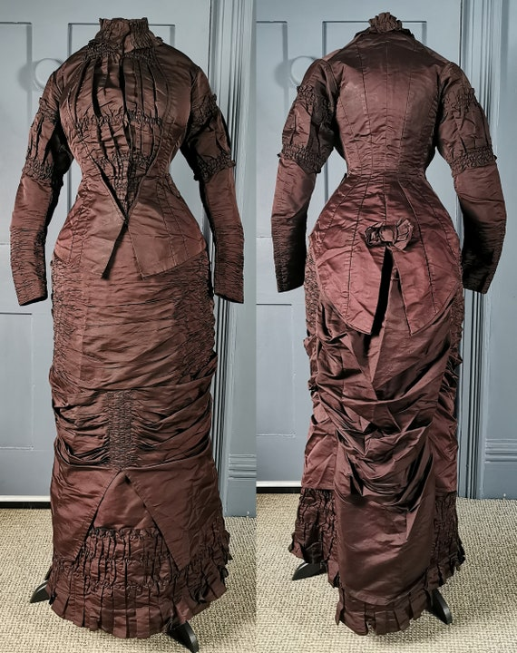 Elaborate Early 1880s  ' Natural Form ' Silk Bustl