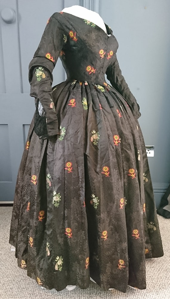 Stunning 1840s Silk Brocade Dress - 18th Century F