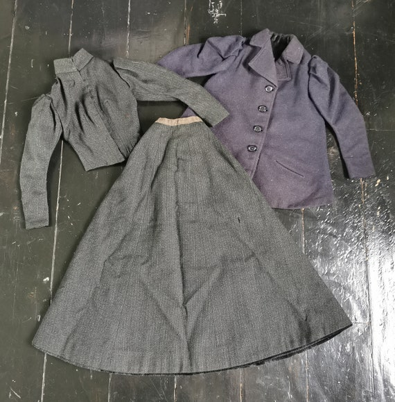 Rare Victorian Antique 1890s Miniature Clothing Sa