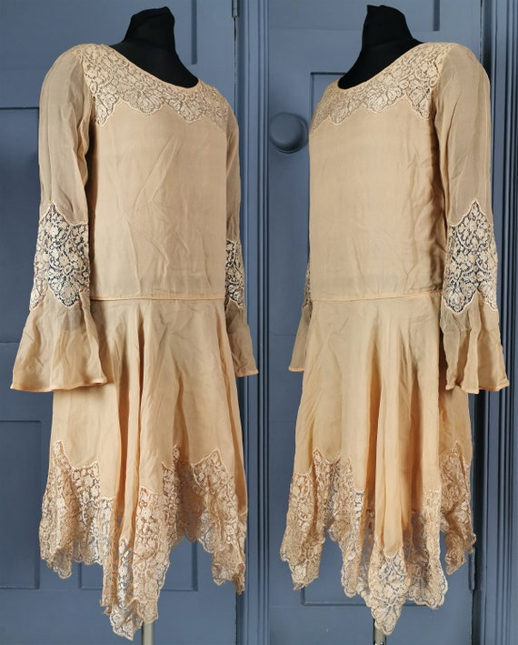 Beautiful Vintage 1920s Silk Georgette & Lace Flap