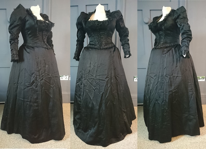 99e433137e71 Gothic 1880s / 1890s Beaded Silk Mourning Evening Bustle Dress | Etsy