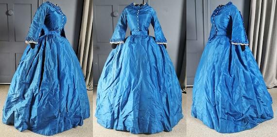 Striking Victorian Fashion Antique 1850s / 1860s B