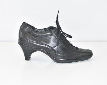 0654b38f3908 Vintage Black Genuine Leather PRADA Lace Up Mid Heel Court Casual Women s  Shoes Size UK3 EU36 US5