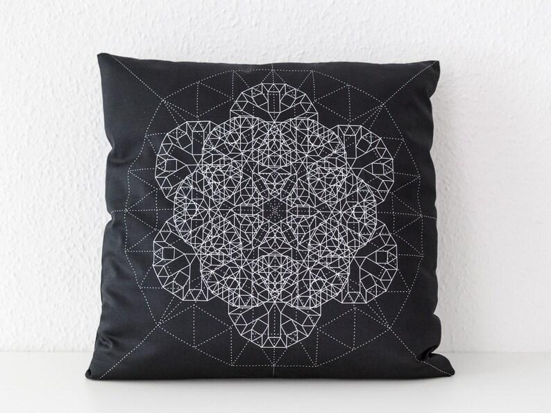 Schwarzes Boho Sofakissen 50x50 cm mit Mandala moderne   Etsy