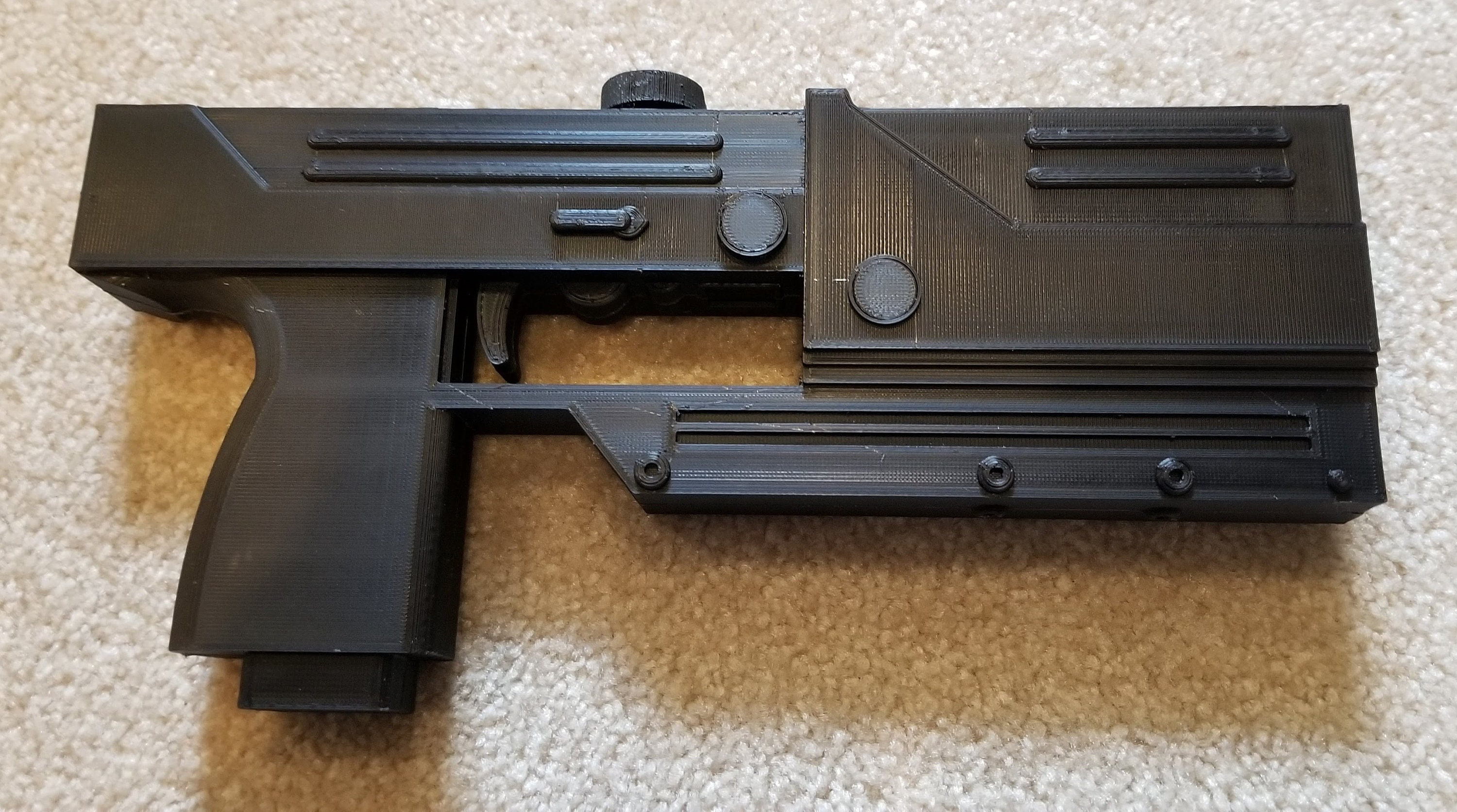 Blade Daywalker MAC11 Machine Pistol Cosplay Replica Prop with Removable Red Cap