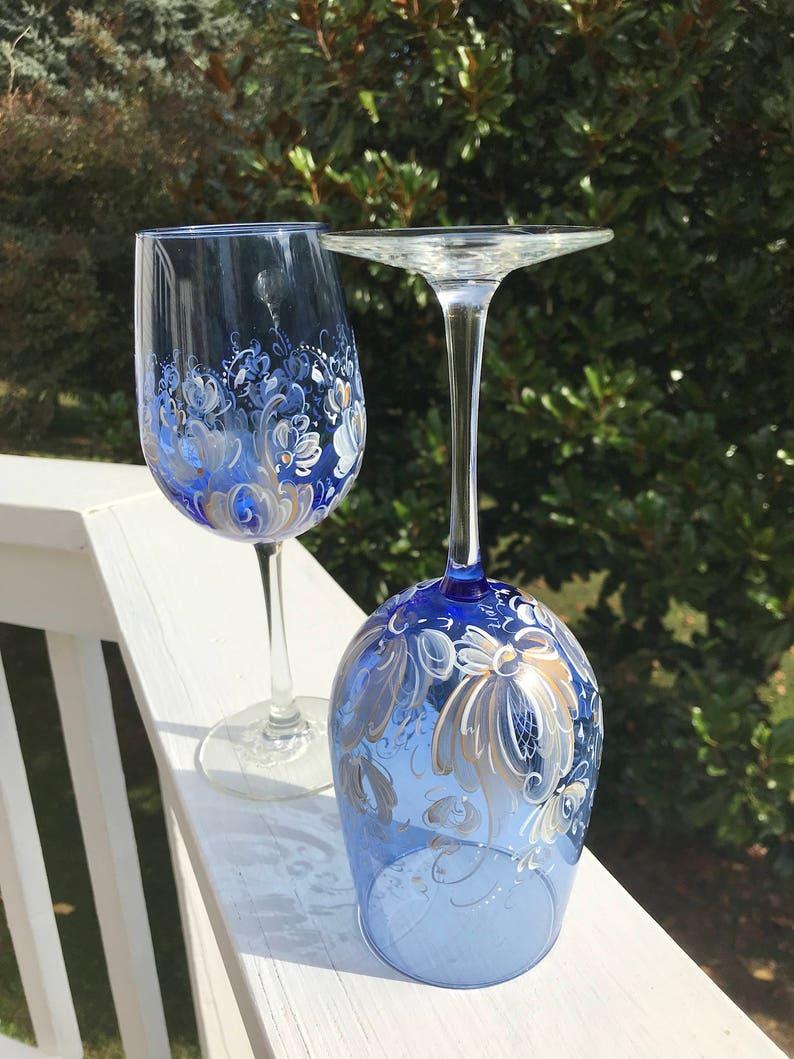 Set of 2 handpainted rosemaled blue wine glasses, Rosemaling, 21oz  wineglass, Norwegian, wine glass,wedding gift, Holiday, giftware
