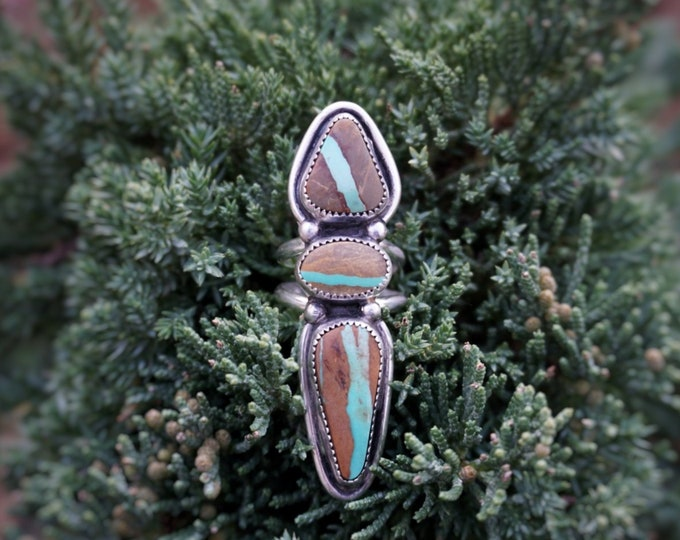 Royston Ribbon River Goddess Ring