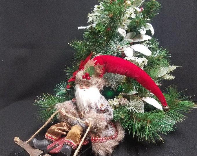 Old St. Nick Centerpiece, Santa Centerpiece, Centerpiece, Home Decor, Santa Claus Centerpiece, Christmas Tree Centerpiece