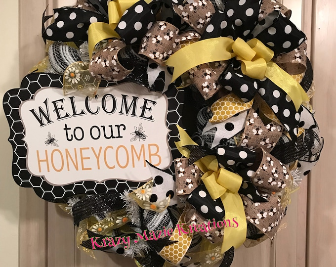 Bumble Bee Wreath