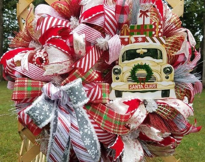 White Truck Christmas Wreath, Truck Wreath, Christmas Wreath, Holiday Wreath, Vintage Truck Wreath,