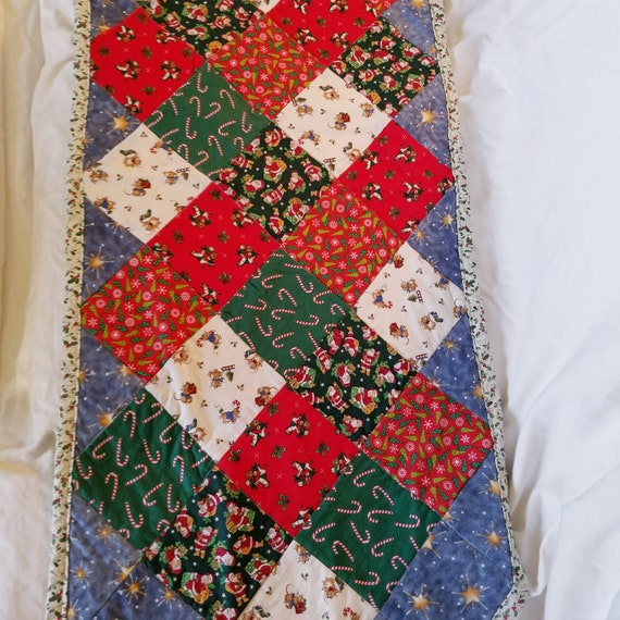Holiday Cheer Point Table Runner, Christmas Table Decoration, Holiday Table Runner