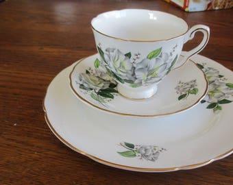 English Bone China - Vintage Royal Kent Tea set - White Floral Pattern