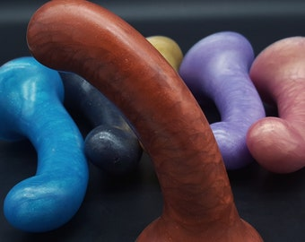 Element 3 Platinum Silicone Dildo (mature)
