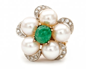 Unique flower motif cocktail ring. 14K Gold set w/ a fine quality Kelly Green Cabochon Emerald, Akoya Pearls, & Diamonds. Circa 1960