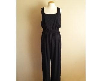 7aebf6afbf6d Vintage 80s Women s Classic Black Jumpsuit. Rayon. Elastic Waist. Loose.  Straight Leg Pants. Tank. Pockets. Size 14. Goth. Ally Sheedy.