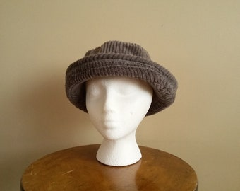 7125a38c022 Vintage 70s 80s Grey Corduroy Bucket Hat.  New York Hat   Cap Co . Size  Large. Union Label. Comfortable. Funk. Made In USA.