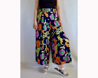 Vintage 90s Super Wide Leg Rayon Pants. High Waisted with Pockets. Elastic Waist. Spring / Summer Colourful Floral Print. Fits like Medium