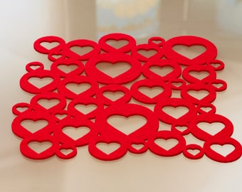 Red felt perforated centerpiece-hearts breakfast mat-kitchen tablecloth-stain-free tablecloth-girl gift-mother's Gift