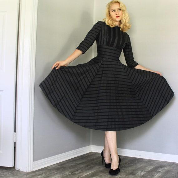 Vintage 1950s gray and black striped twead swing … - image 1