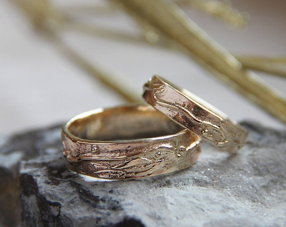 Unique wedding bands, gold wedding ring, textured wedding ring, modern wedding band, wedding band set, rustic wedding ring