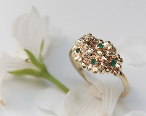 Yellow gold emerald ring with flowers, unique engagement ring in solid gold, romantic floral jewelry, delicate proposal ring with emeralds