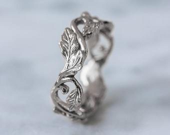 Oak leaves wedding ring, white gold wedding band, nature wedding band, elvish ring, leaves ring, tree ring, unique ring, gold leaves ring
