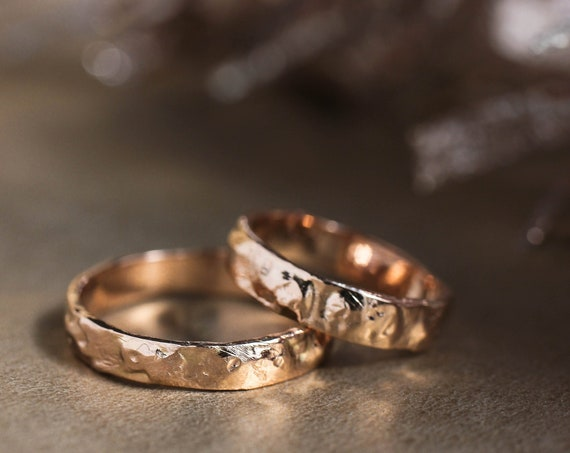 Textured wedding band set, rough wedding ring, rose gold band, rustic wedding ring, alternative rings for man and woman, unique wedding band