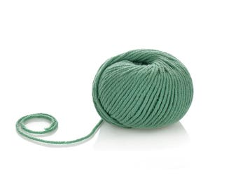 100% Pure Wool Merino Yarn - Superwash Merino Yarn - Sea Green Merino Wool Yarn - Worsted Wool Yarn - Soft Winter Yarn - Green 10 ply yarn
