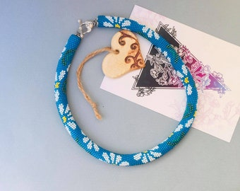 Blue beaded necklace with daisies Seed bead jewelry Crochet necklace for women Summer gift