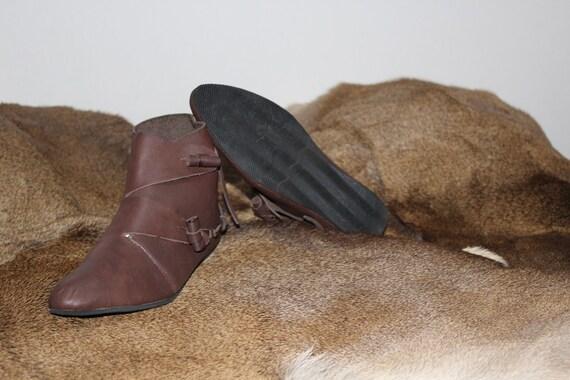 Mittelalterliche Lederschuhe aus X XI Jahrhundert Stiefel Herren kurze Lederstiefel Braun für Larp und Historische Rekonstrukteure JORVIK VIKING