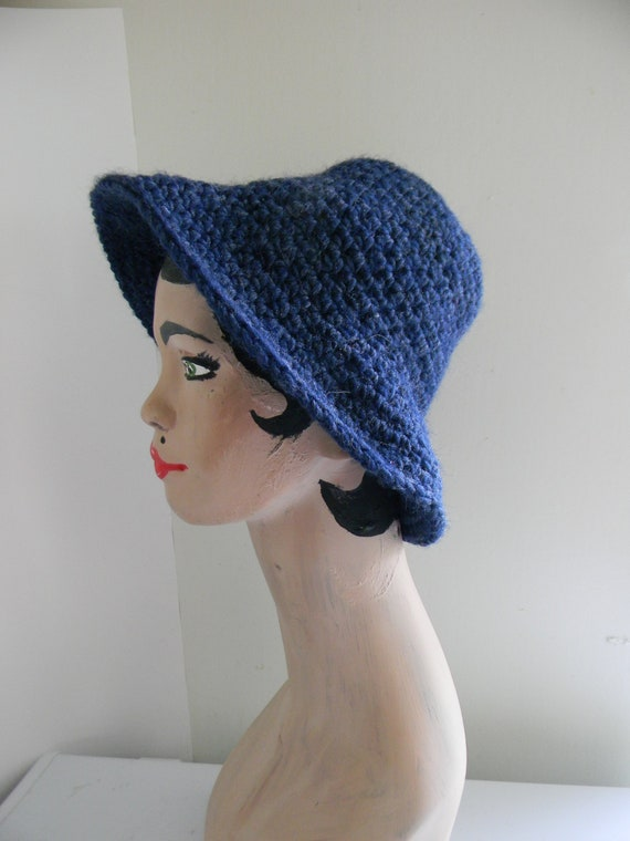 1950's Crocheted Wool Bucket Hat Blue Cloche Style