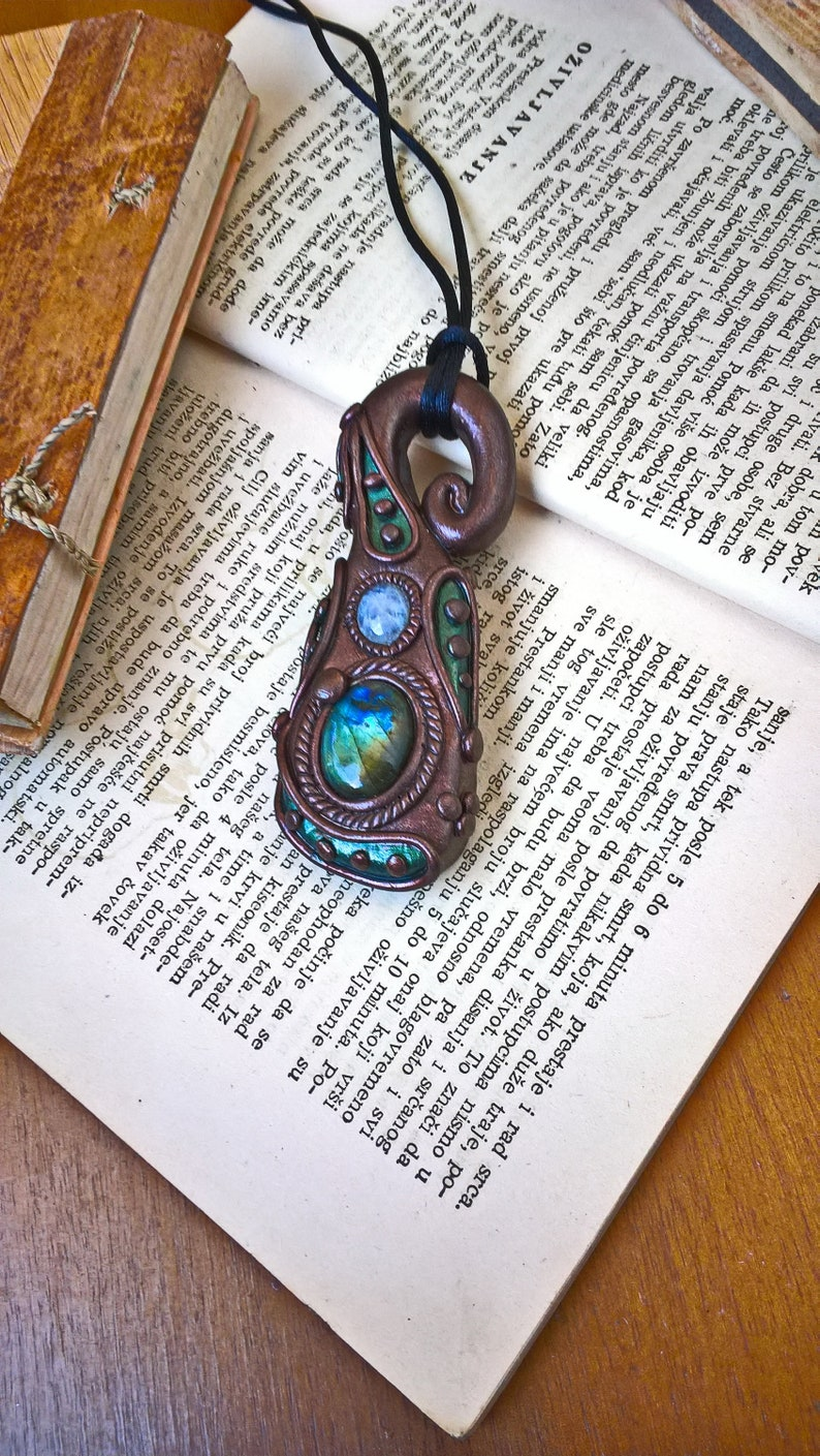 Viking Fantasy Pendant Labradorite And Moonstone Pendant Healing Jewelry Protect The Aura Healing Crystals Magic Stone