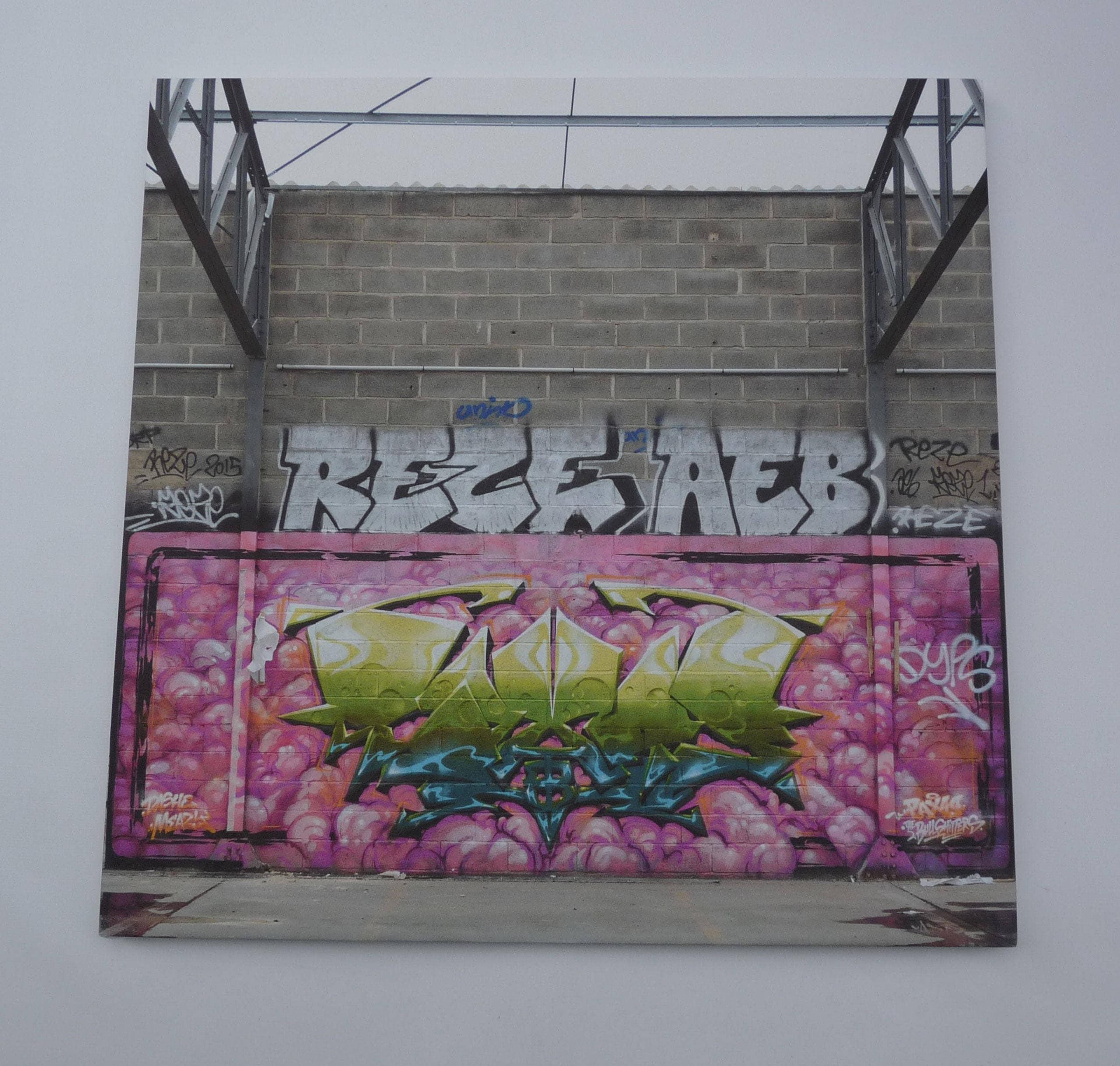 reproduction de street art sur toile et ch ssis deco etsy. Black Bedroom Furniture Sets. Home Design Ideas