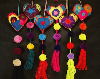 Embroidered hearts set of 6 | Valentines heart | Mexican handcraft | felt hearts | heart pompom tassel | wedding favors | Mexican hearts