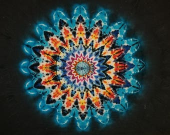 Tie - Dye Tapestry, 16 Point Star